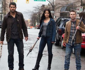 В трейлере Dead Rising: Endgame герои мастерят оружие из чего попало