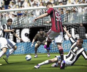 Для FIFA 14 выпущен первый патч