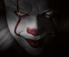 Клоун нападает надетей нановых фото экранизации «Оно» Стивена Кинга