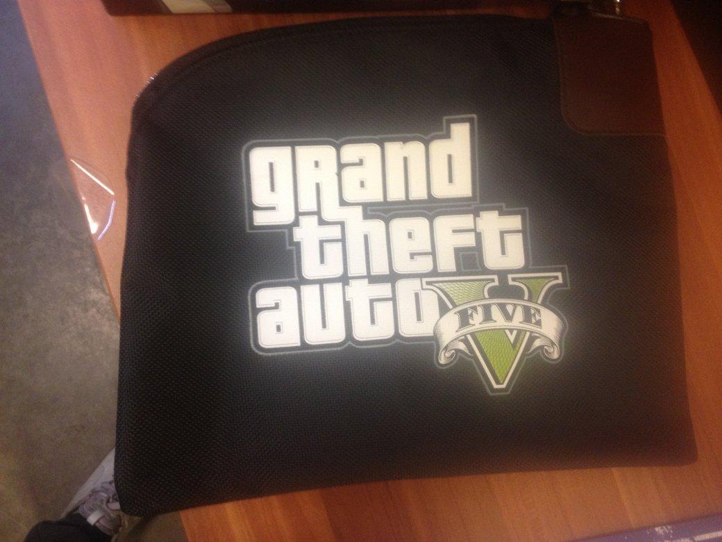 Распаковка коллекционного издания GTA 5 - Изображение 5