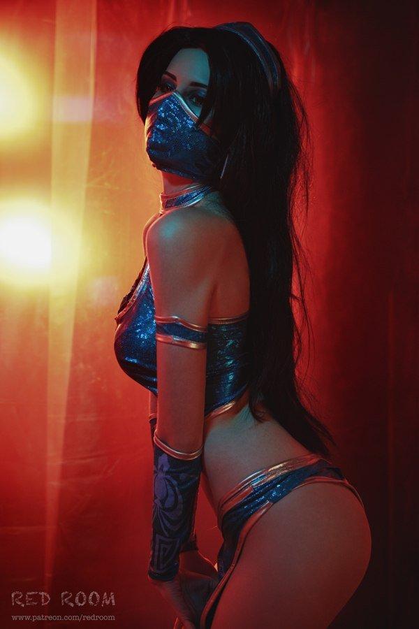 Косплей дня: Китана из Mortal Kombat - Изображение 3