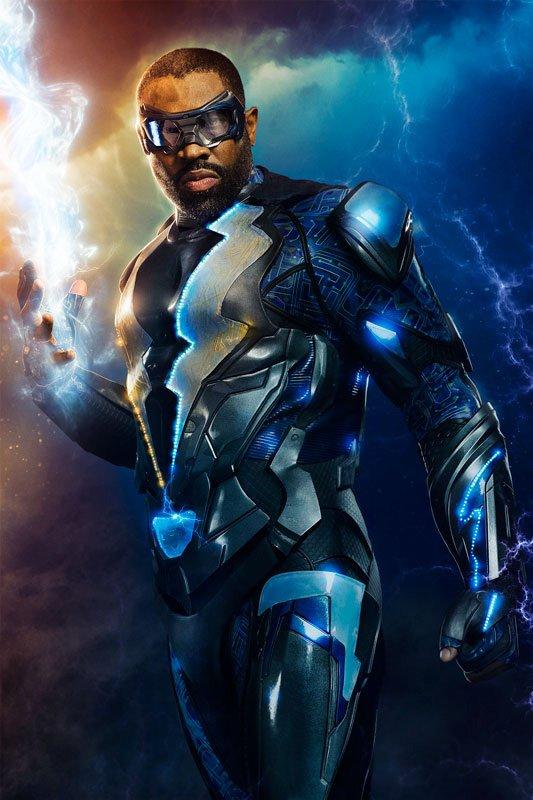 Первое фото Черной молнии: костюм в лучшем духе The CW - Изображение 1