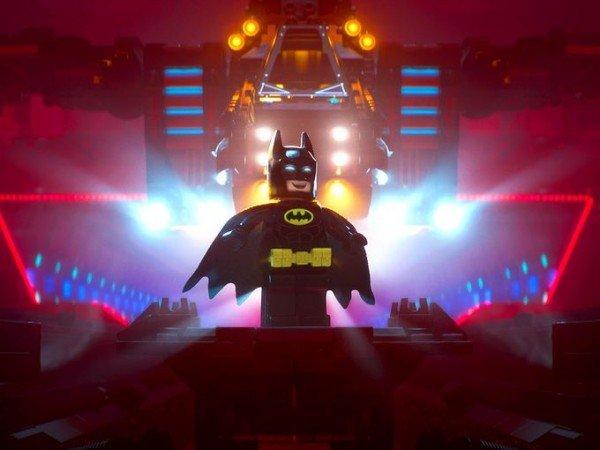 Первые кадры мультфильма показывают Лего-Бэтмена в погоне за счастьем - Изображение 1