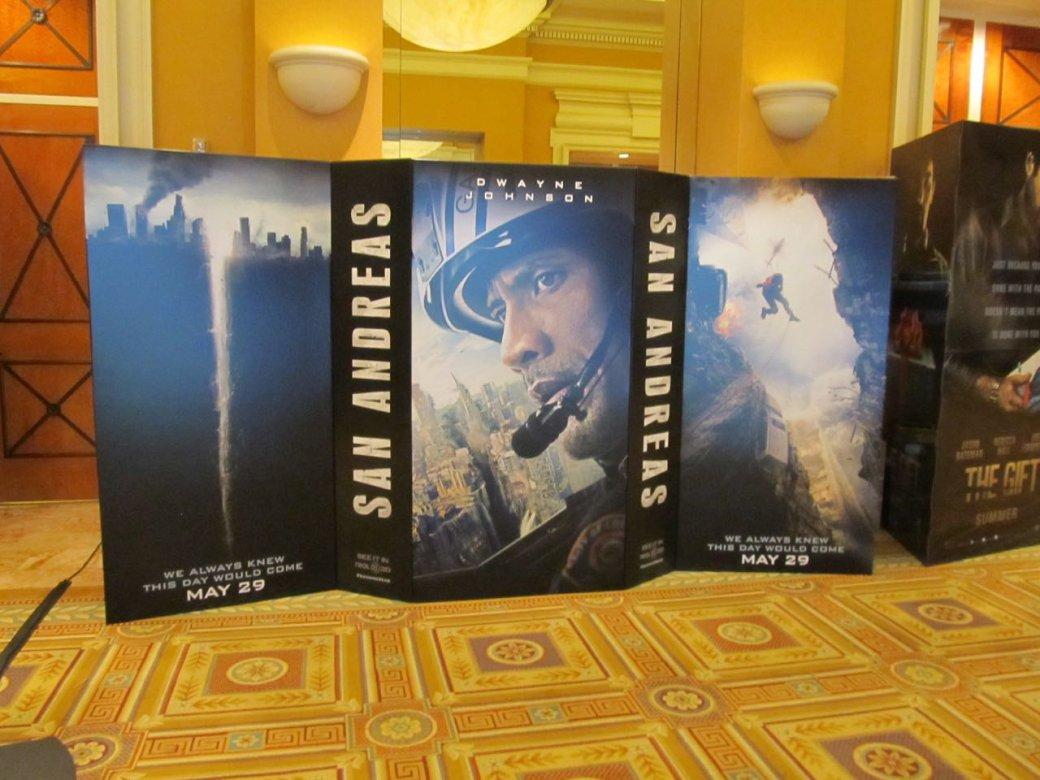 Новые постеры с CinemaCon и фото с площадки «Дэдпула» - Изображение 21