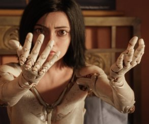 Киноадаптацию манги «Алита: Боевой ангел» Роберта Родригеса перенесли напять месяцев