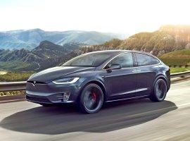 Ограничение скорости наэлектромобиле Tesla можно обхитрить спомощью изоленты