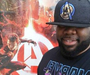 Фаната, посмотревшего «Войну Бесконечности» 43 раза, пригласили напремьеру «Мстителей4»