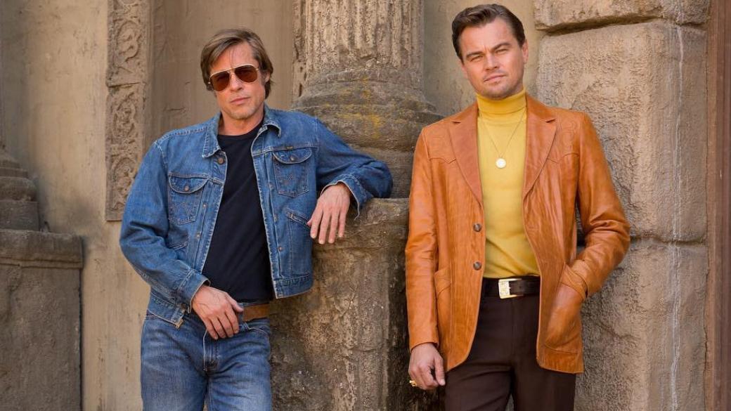 Посмотрите на свежий кадр со съемок «Однажды в Голливуде» с Брэдом Питтом и Леонардо Ди Каприо | Канобу - Изображение 1