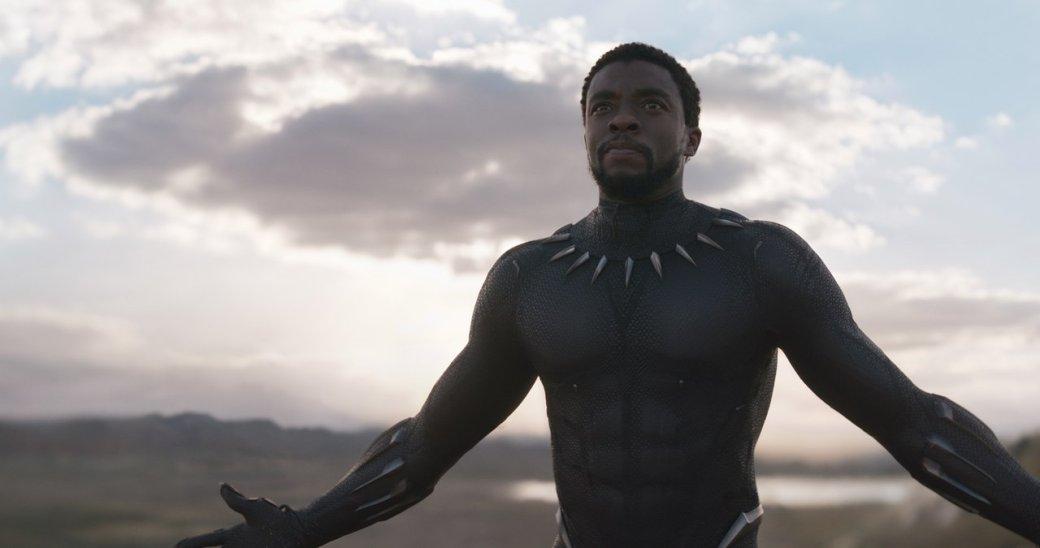 26февраля (вмире 16февраля) выходит новый фильм Marvel Studios— «Черная пантера». Это история оТ'Чалле— принце вымышленной страны Ваканды, впервые представленном вфильме «Первый Мститель: Противостояние». После событий «Противостояния» Т'Чалла должен стать новым королем Ваканды, иему придется выступить против тех, кто бросил вызов его праву натрон. Вэтом материале мырасскажем отом, кто такой Черная пантера.