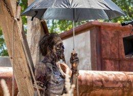 Взгляните нановые фото «Ходячих мертвецов» ивыберите страну, вкоторую хотелибы увести сюжет шоу