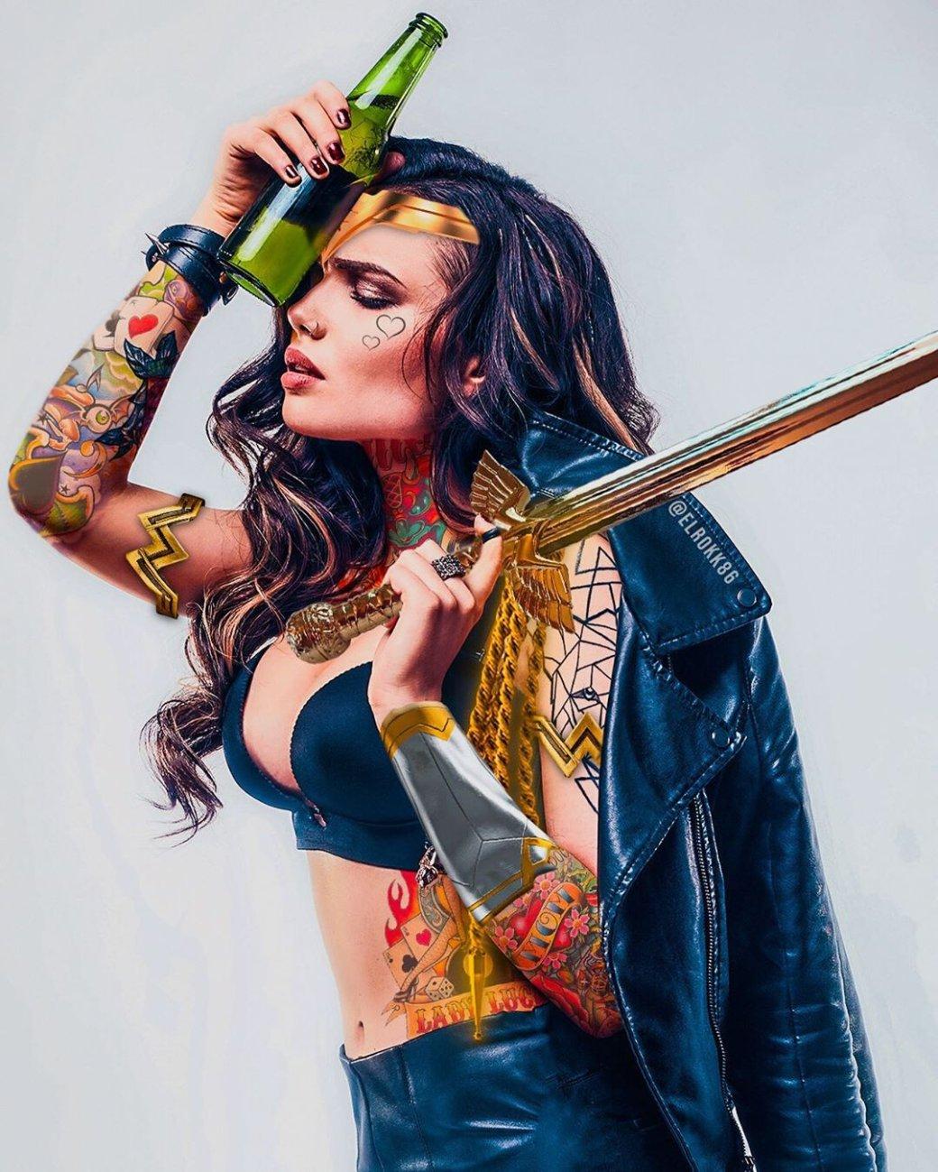 Дизайнер добавляет принцессам Disney татуировки, асупергероям еще ибороды