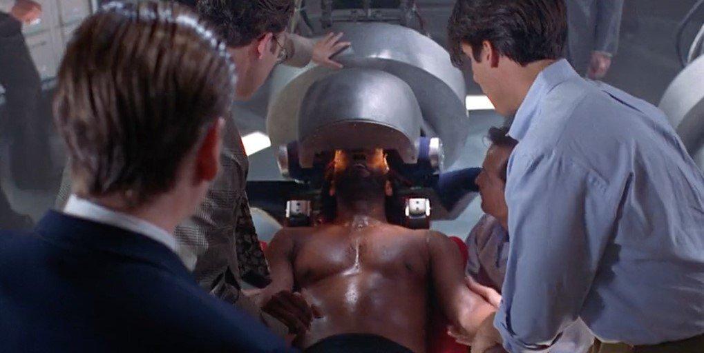 Microsoft уже продает AR-шлемы изсамого нелепого будущего | Канобу - Изображение 487